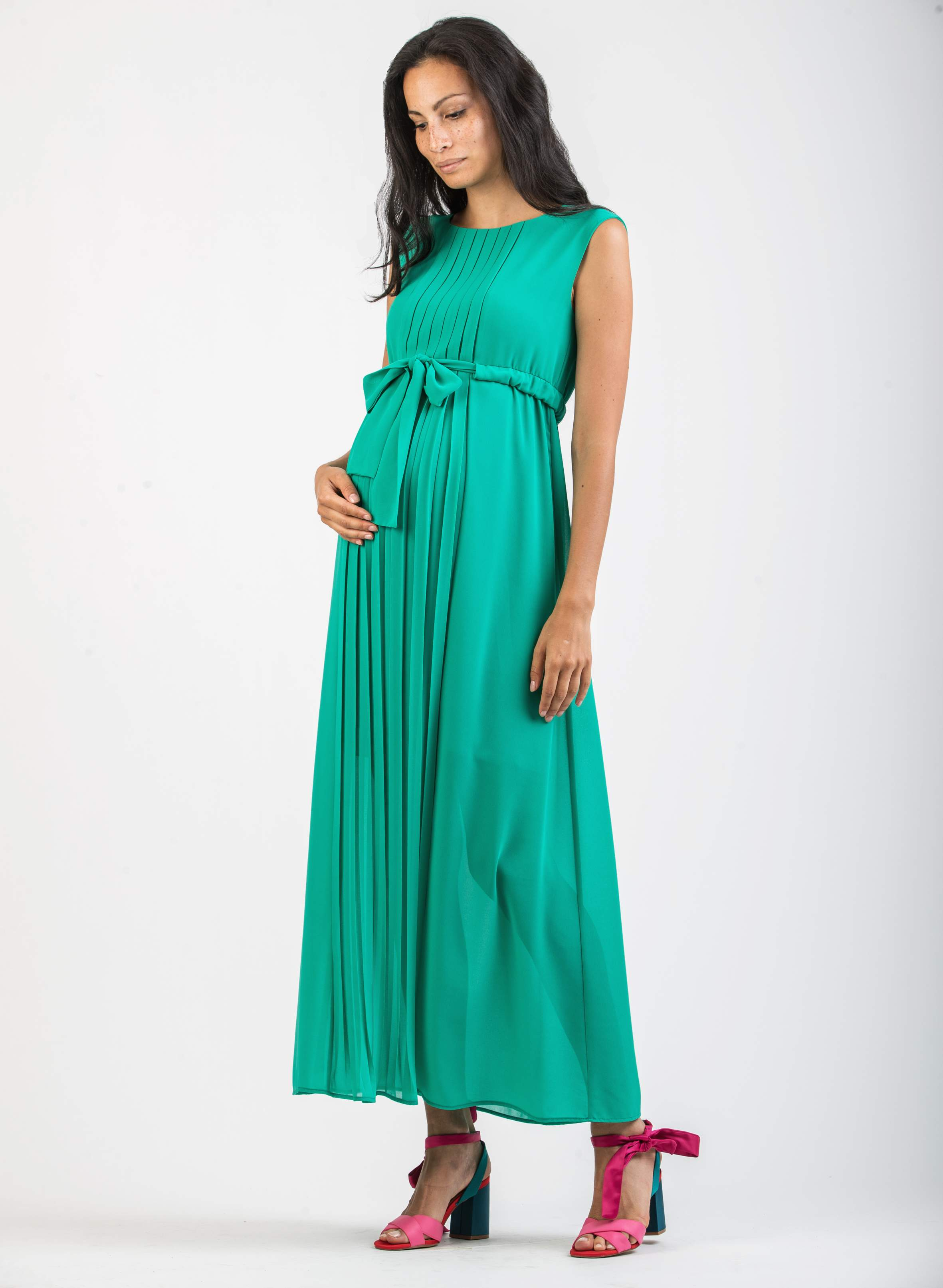 c46baa3dc1f Sale - Long Pleated Maternity Dress