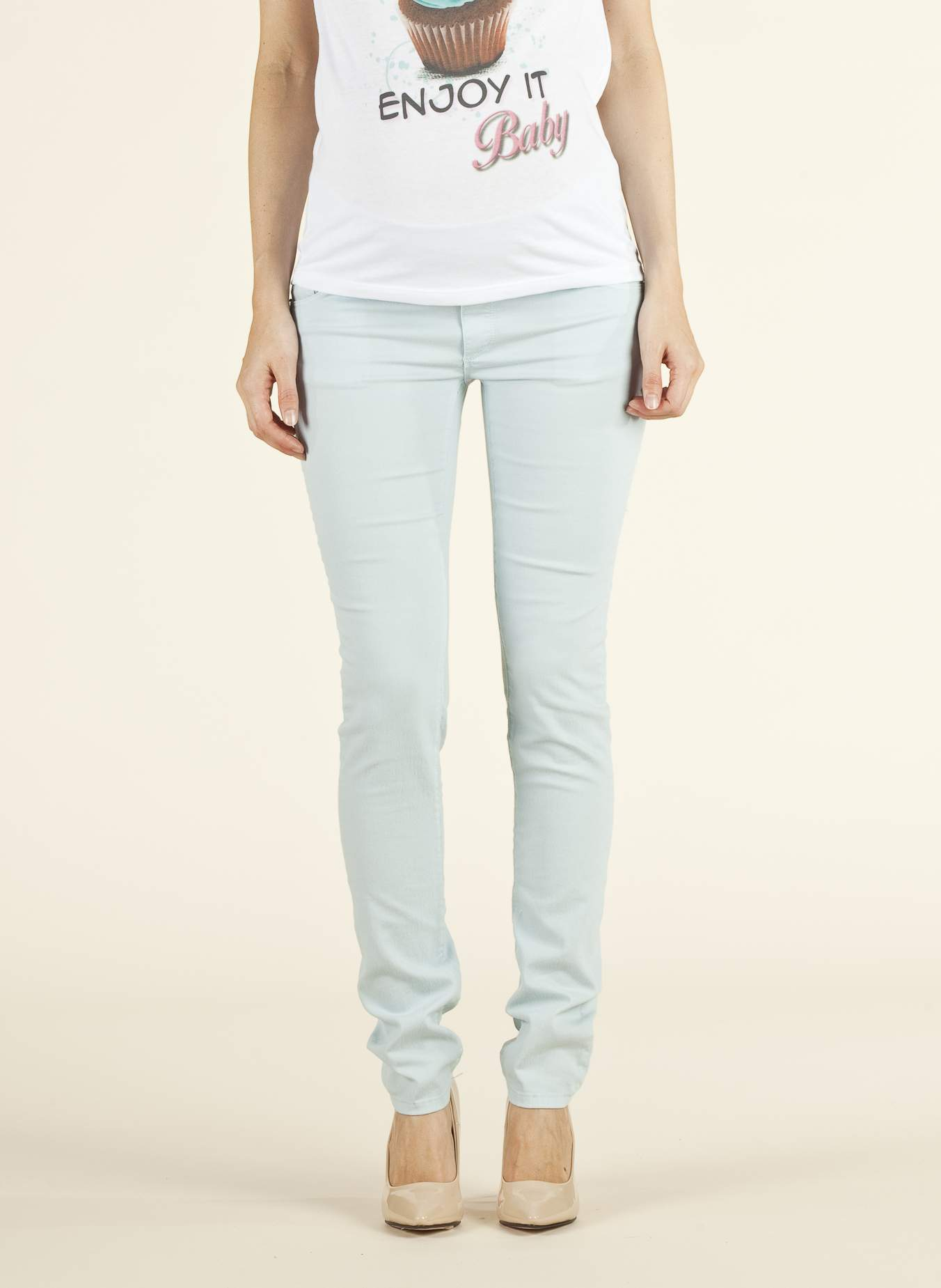 Under-Tummy Maternity Jeans in Lightweight Cotton