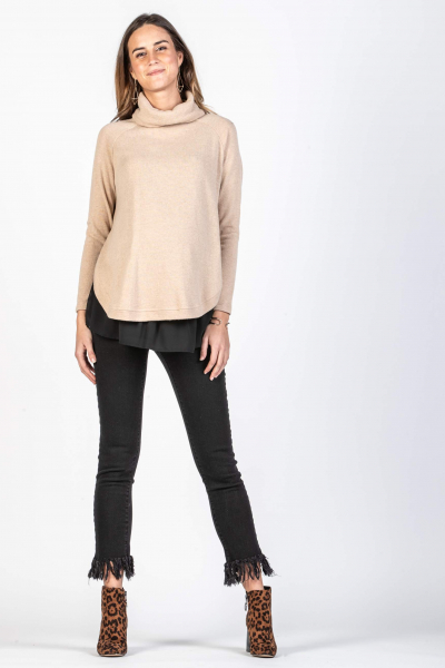 Maternity Sweater with Rounded Hem