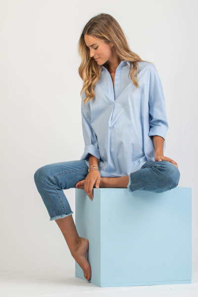 Plain Oversize Maternity Shirt in Stretch Poplin