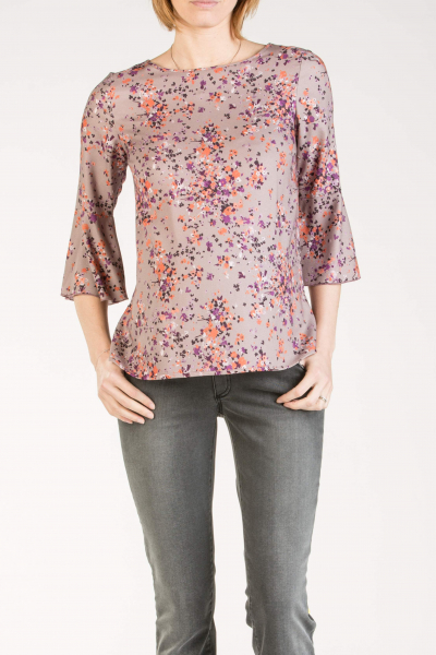 Maternity Blouse with Frilly Sleeves